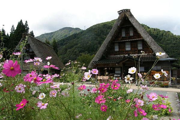 Những ngôi làng cổ tuyệt đẹp của Nhật Bản